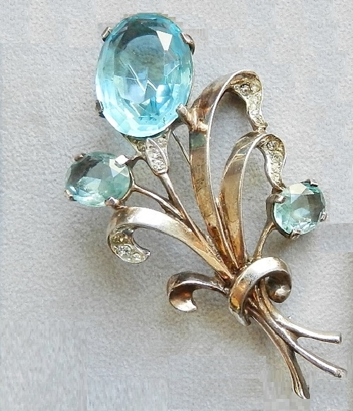 Reja Sterling vintage brooch, early-mid 40s, sterling silver, crystal, jewellery glass
