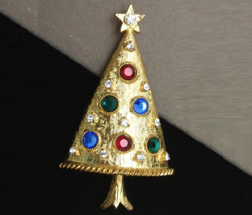 Vintage Christmas brooch by Eisenberg