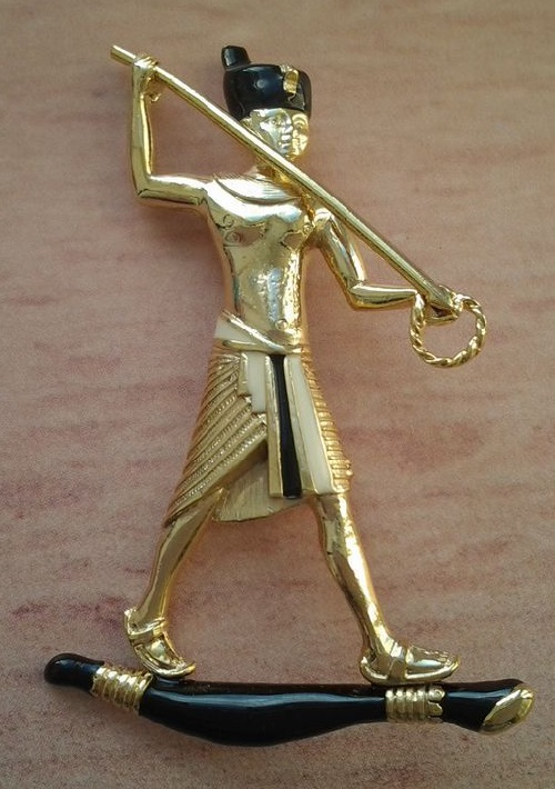 Vintage brooch Pharaoh English jewellery company Sphinx