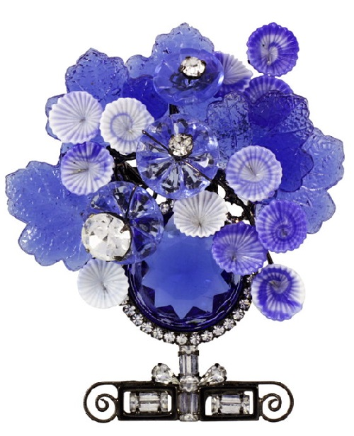 Vintage brooch in the form of a bouquet of flowers by Larry Vrba