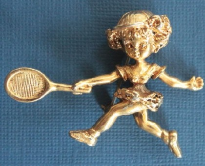 Tennis player. 1960s Tortolani vintage brooch