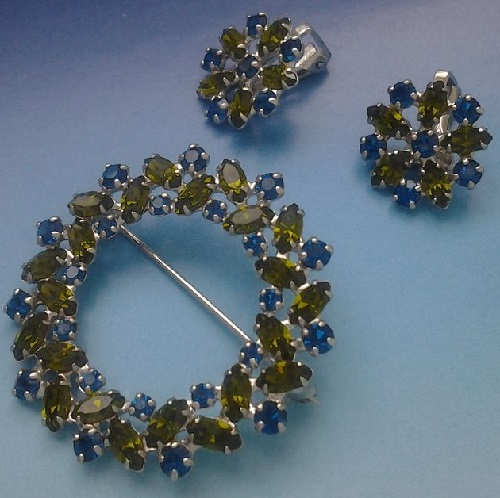 B. David vintage set of brooch and clips