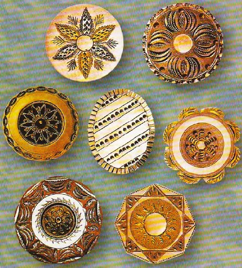 Button jewellery art