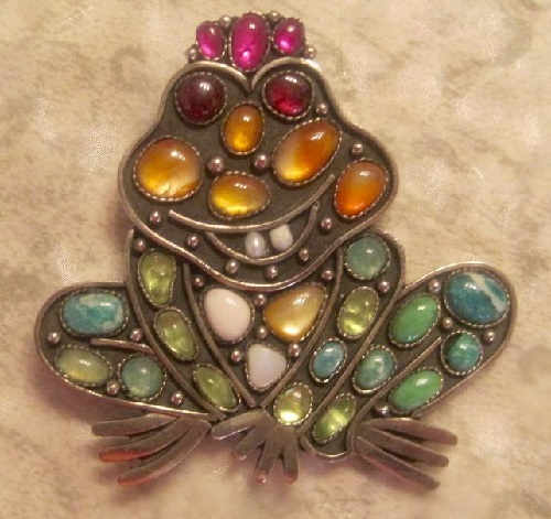 Brooch Frog the Princess