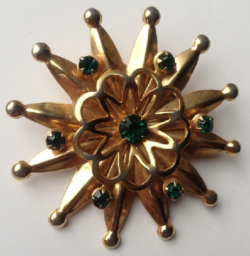 Brooch-pendant 'Byzantine Star' with emerald crystals