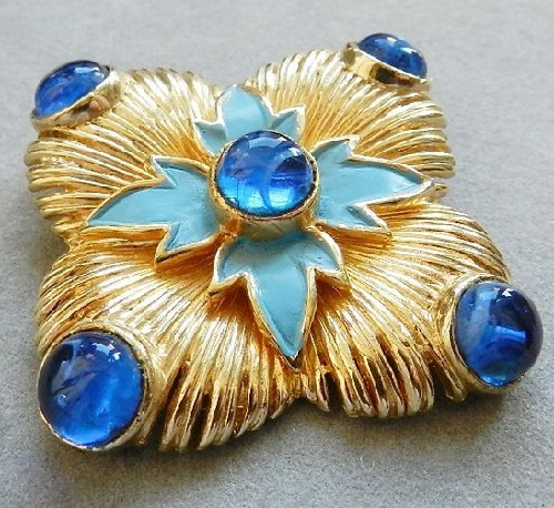 Cadoro vintage brooch of the 1960s