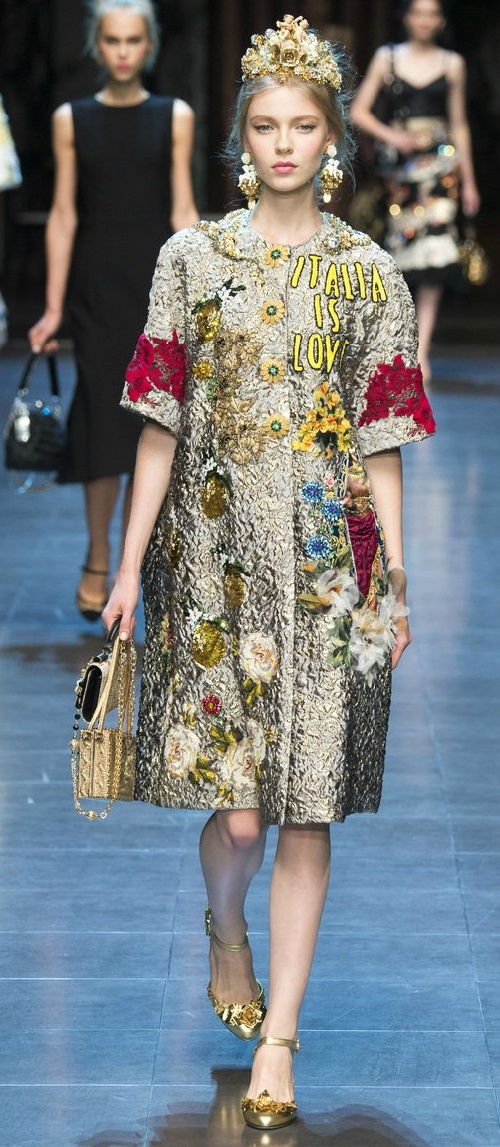 Dolce & Gabbana Winter 2016 collection 'Italy is love'