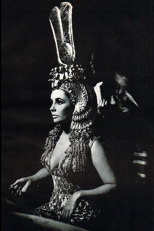 Taylor in 1963 'Cleopatra'