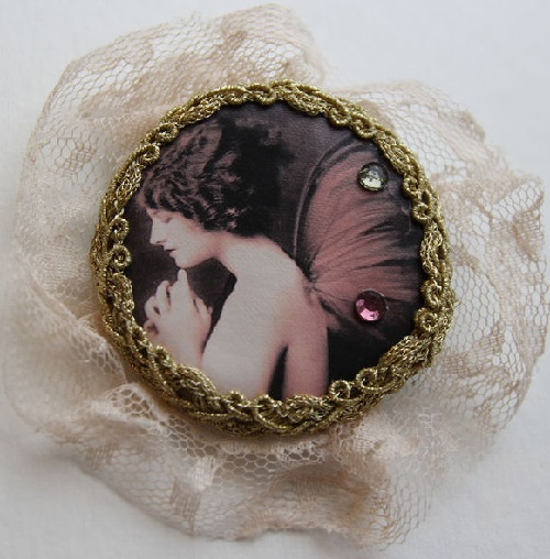 Feminine and unique brooch with fairy Nymph