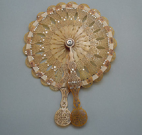 Folding fan with a monocle. Western Europe 1810s