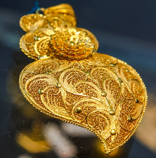 Portuguese filigree jewellery
