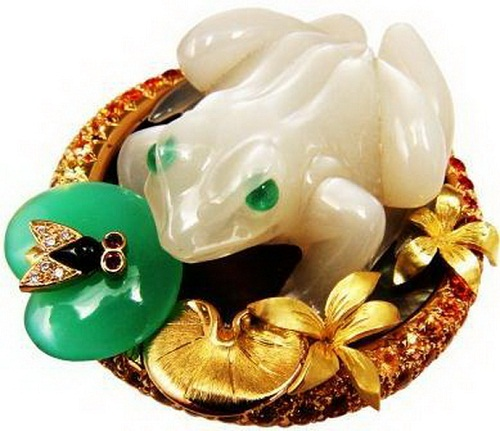 Frog inspired jewellery. Marshak jewelry House