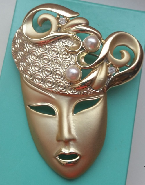 Mardi mask vintage brooch, USA