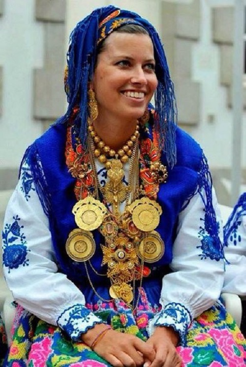 Portuguese filigree folk costume jewellery