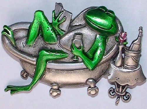 Relaxing frog. JJ (Jonette Jewelry Со)