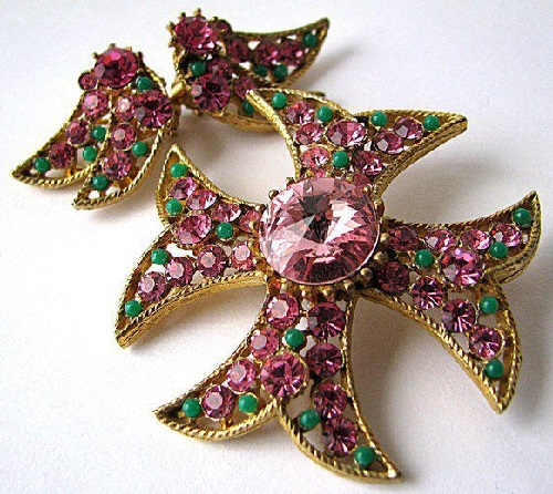 Spectacular vintage set (brooch and clips) of the BSK. Brooch is made in the form of a Maltese cross