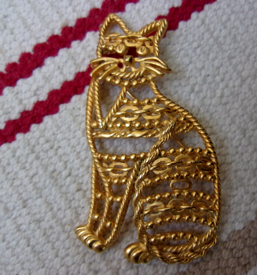 Vintage Brooch Cat by AJC 1980