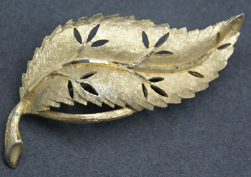 Vintage brooch by the jewellery company BSK 1960s