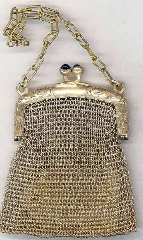 Early XX century handbag made of metal grid
