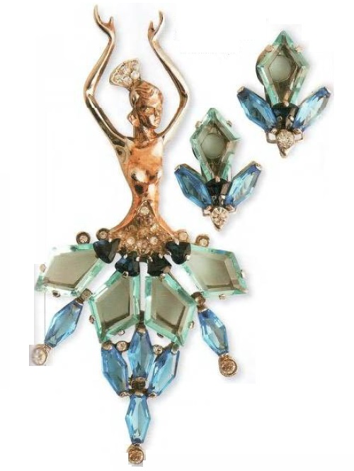 A pair of earrings with matching brooch was the beginning of many collections. Ornaments made of quality materials, made with a high level of skill