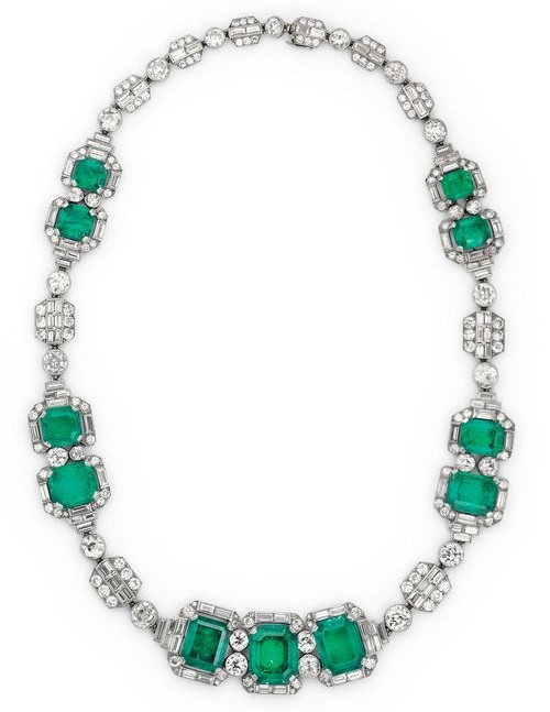 Art Deco emerald and diamond Chaumet necklace, circa 1930. Source thejewelleryeditor.com