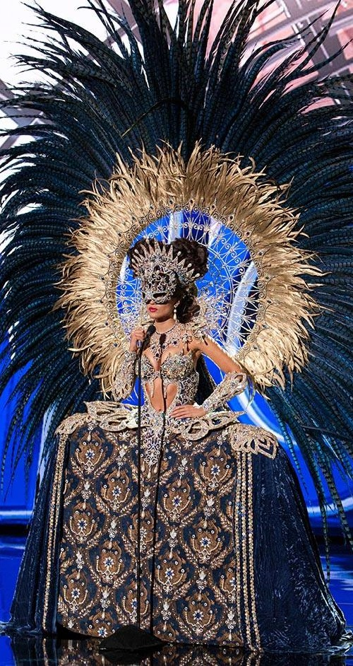 Miss Universe 2015 National Costumes. Claudia Barrionuevo, Miss Argentina 2015