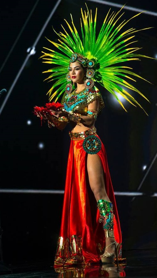 Miss Mexico representing the ancient Goddess Xochiquétzal - Goddess of love, pleasure, flowers and beauty
