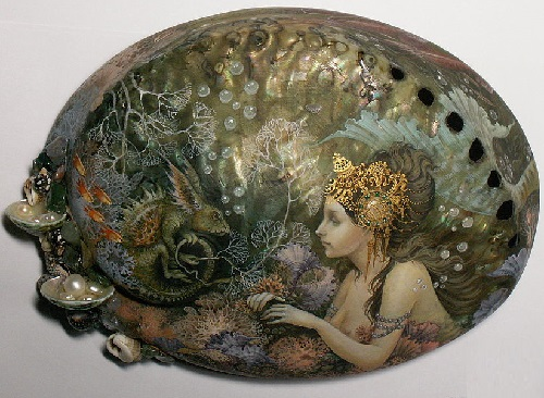 The kingdom of the sea box with mother of pearl. Hand-painted with egg tempera. hand modeling