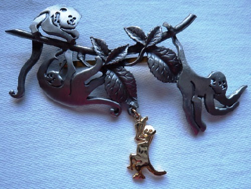Vintage Signed Ultra craft Silver-Gold pewter Monkeys Swinging from trees