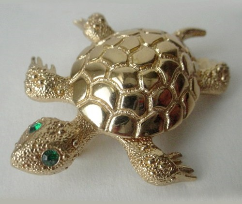 Vintage brooch Sea Turtle by Monet