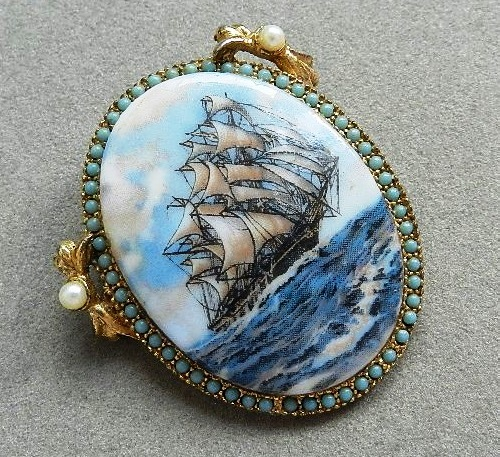 Vintage brooch by Hobe