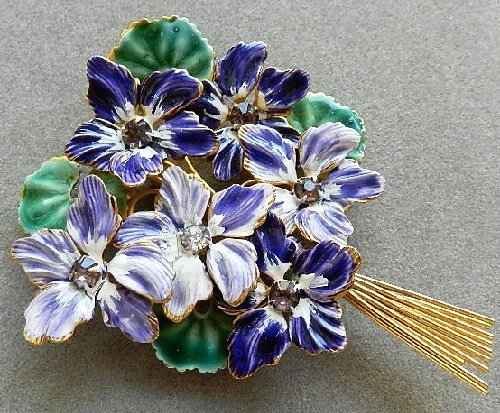 Brooch from the company Sandor, dates from the late 40's - early 50-ies of the last century