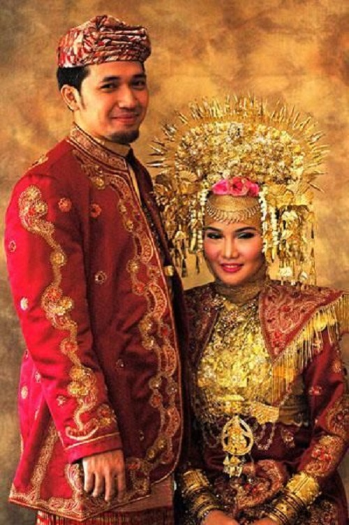 Ceremonial Bridal costumes