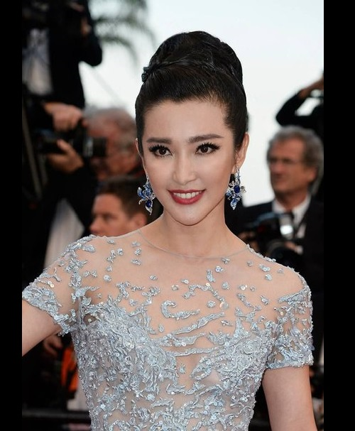 Chinese actress Li Bing Bing in jewelry from Cindy Chao