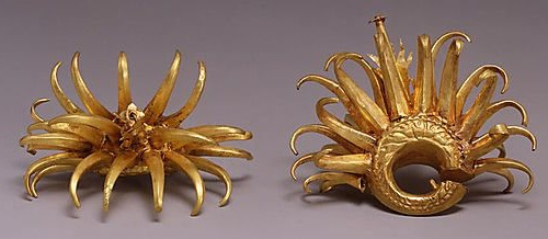 Circular Ear Ornaments with Curving Appendages made of Gold. 8th-early 10th century, Java, Indonesia