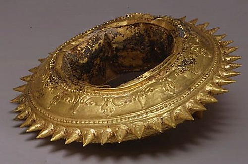 Gold Spiked bracelet. 8th to early 10th century. Indonesia (Java)