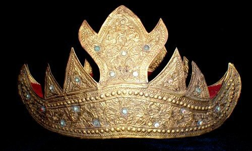 Gold crown, South Sumatra