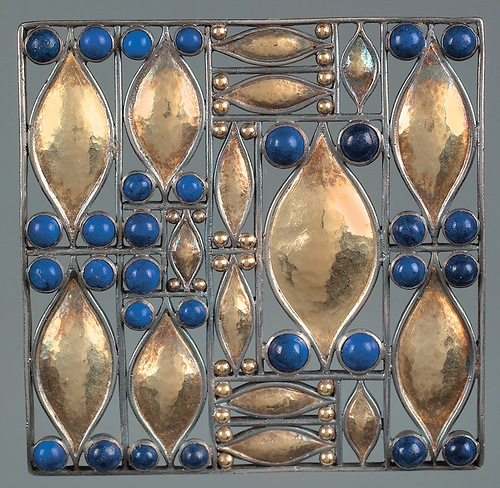 Josef Hoffmann Brooches. Made of silver with lapis lazuli brooch. The Vienna's Workshops 1907