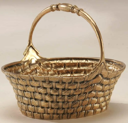 Russian Silver Trompe-l'oeil sugar basket, Moscow 1886. Chased to imitate basketweave