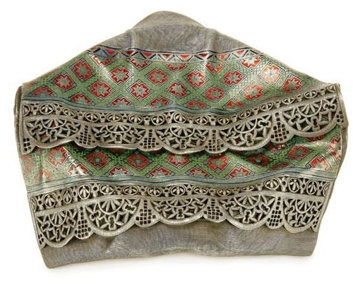 Russian Trompe l'oeil silver jewellery - Towel-napkin. Jeweler Pavel Ovchinnikov, 1877