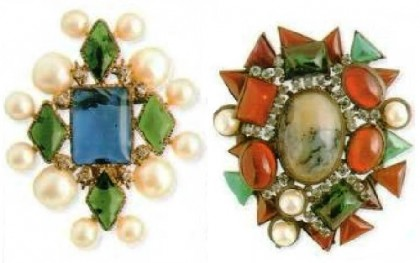 Symmetrical brooch. Glass, imitation pearls, metal, gilding. 1950 (left). Oval-shaped brooch. Glass, imitation pearls, rhinestone, metal, gilding. 1930 (right)