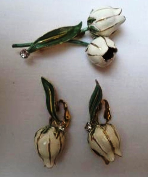 Vintage set brooch and clips. enamel. 1950s. Jewellery company Sandor
