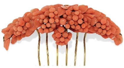 Hair comb of Gold, silver and coral, 19th century