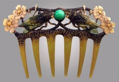 Beginning of 20th century Art nouveau comb