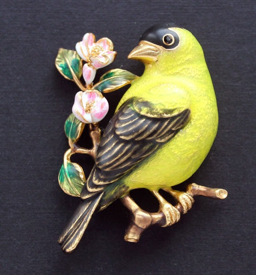 Joan Rivers vintage brooch Yellow bird, jewellery alloy, enamel
