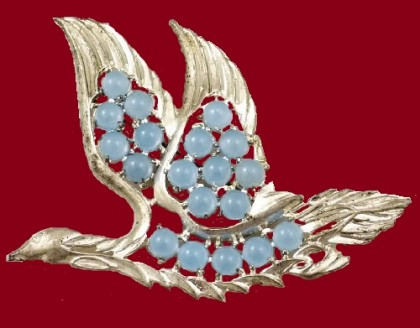 Moon glow Jelly Belly Silver tone Goose Brooch