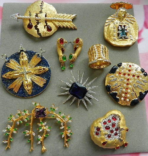 Precious vintage brooches created by Salvador Dali in the late 1940's - early 50s