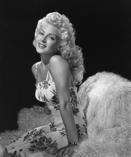 Queen of night clubs Lana Turner