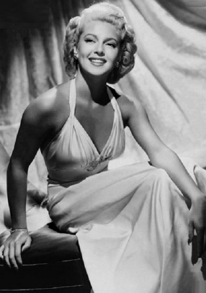 Hollywood beauty Lana Turner