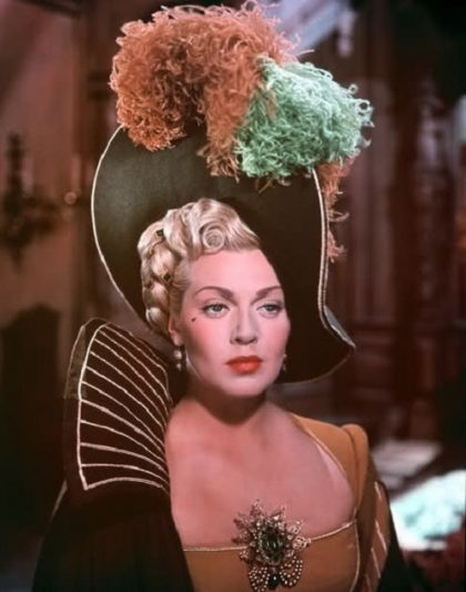 Jewellery lover Lana Turner